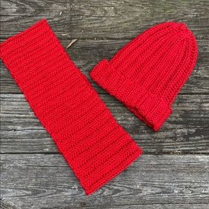 Handmade infinity scarf and hat